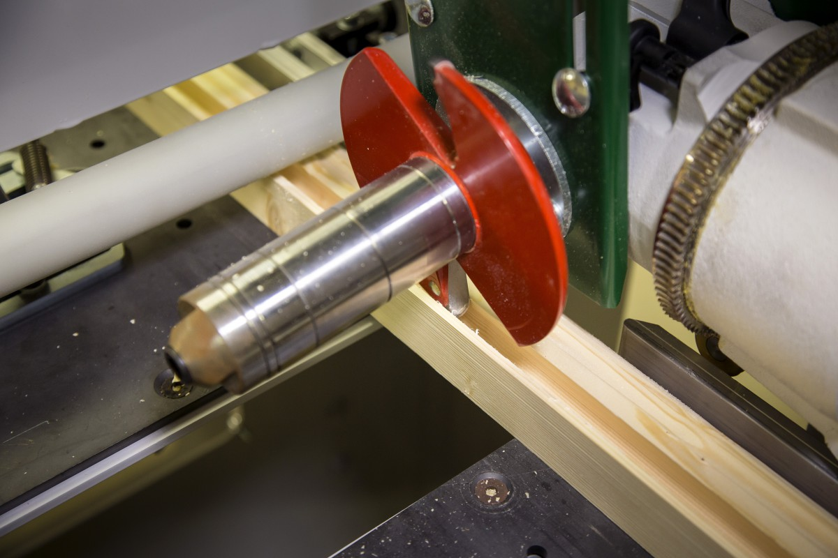 The Panel Planer That Packs a Punch - Woodworking Project